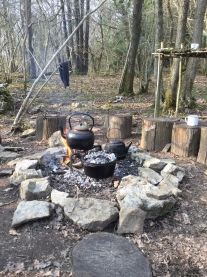 Hurray! It's the time of year for campfire meals again - and the time of year when I realise the family appetite has outgrown yet another dutch oven!